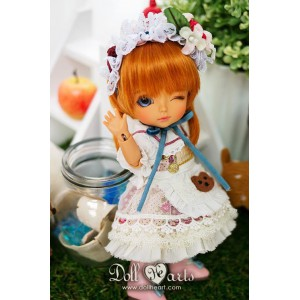 ID000041  White Dolly