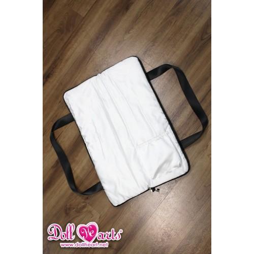 LA000385 Carrier Bag for 1/3 Doll...
